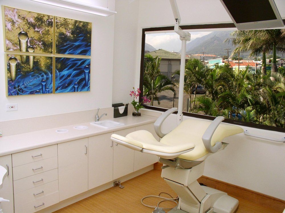 Miyamoto Dental Design Suite (@mymauidentist) Cover Image