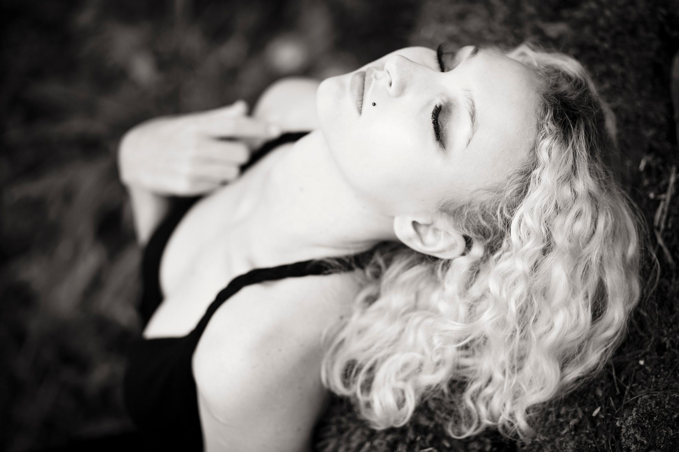Isabella-Rose Lowe (@isabella-rose) Cover Image